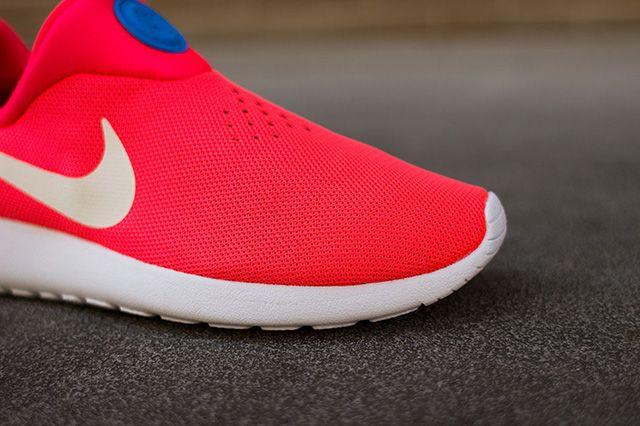 Nike Roshe Run Slip On Laser Crimson 5