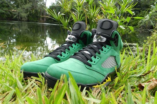 Air Jordan 5 Oregon Ducks Angle