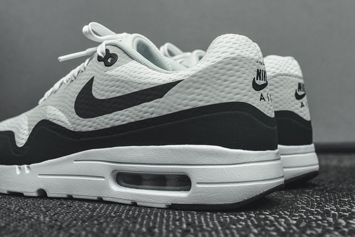 Nike Air Max 1 Ultra Essential White Grey Anthracite11