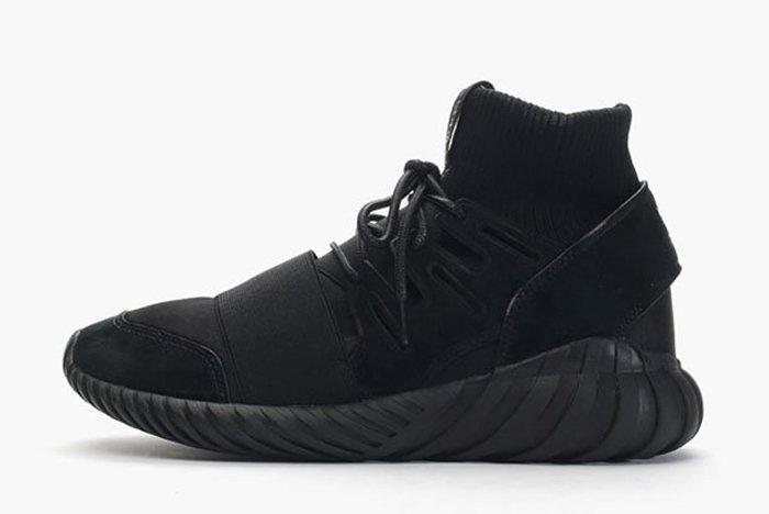 Adidas Tubular Doom Triple Black 4