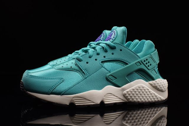 Nike Hua Wmns Lt Retro Bumperoo 2