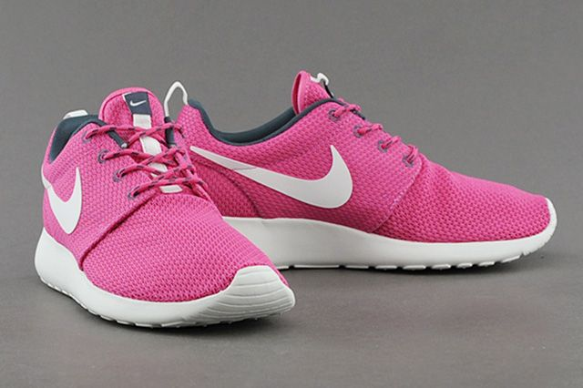 Nike Wmns Roshe Run Cotton Candy