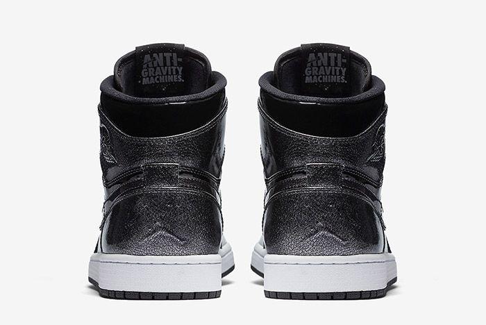 Air Jordan 1 Black Patent 3