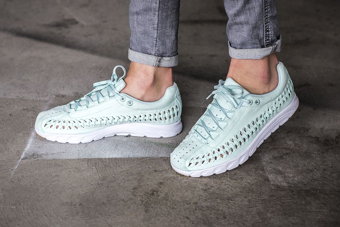 Nike Mayfly Woven Womens Pastel Pack 6
