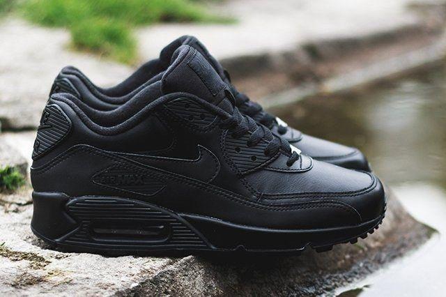 Nike Air Max 90 Leather Triple Black 2 1