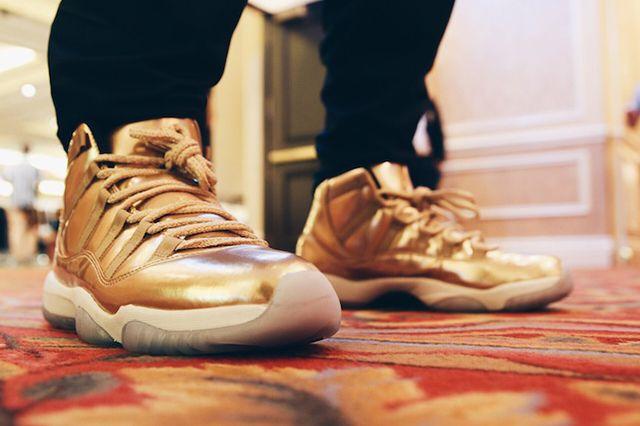 Air Jordan 11 Metallic Gold 5