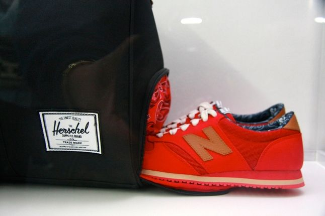 Nb Herschel Recap Bag Shoe 4 1