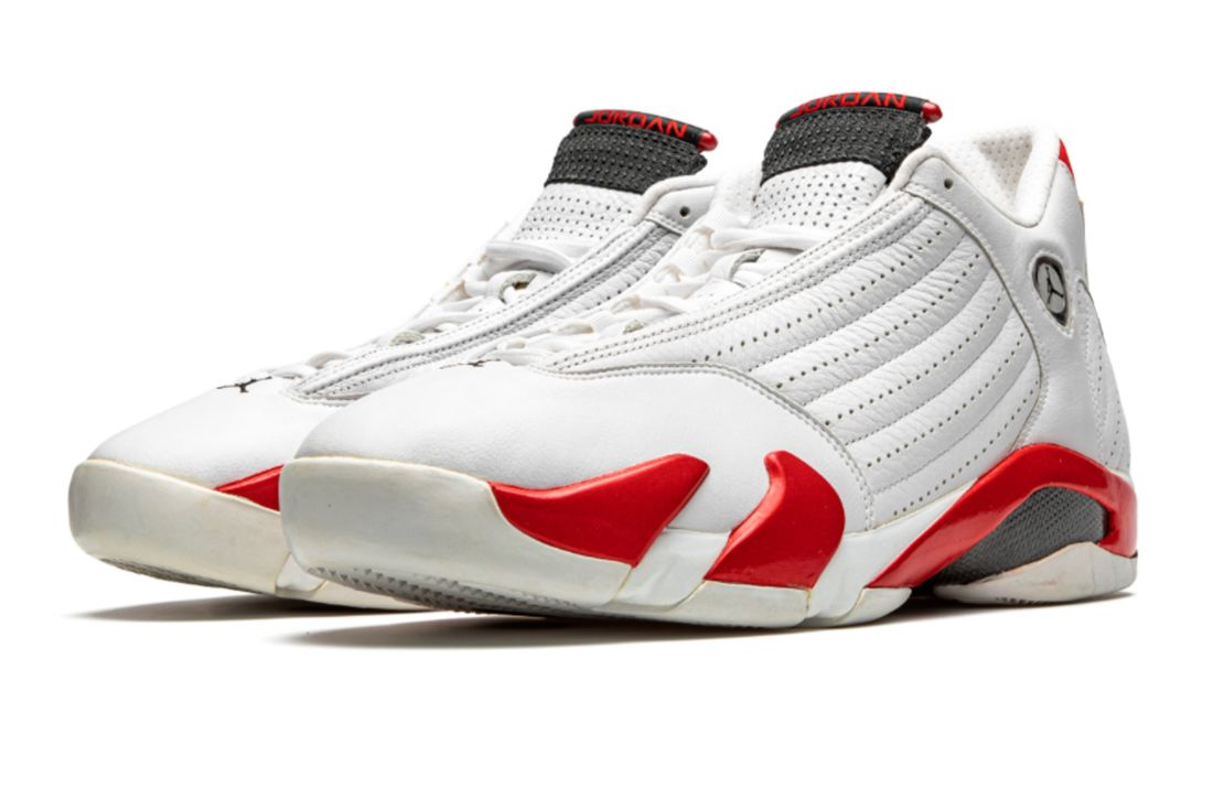 Air Jordan 14 'Chicago' Practice-Worn Player Exclusive Angled