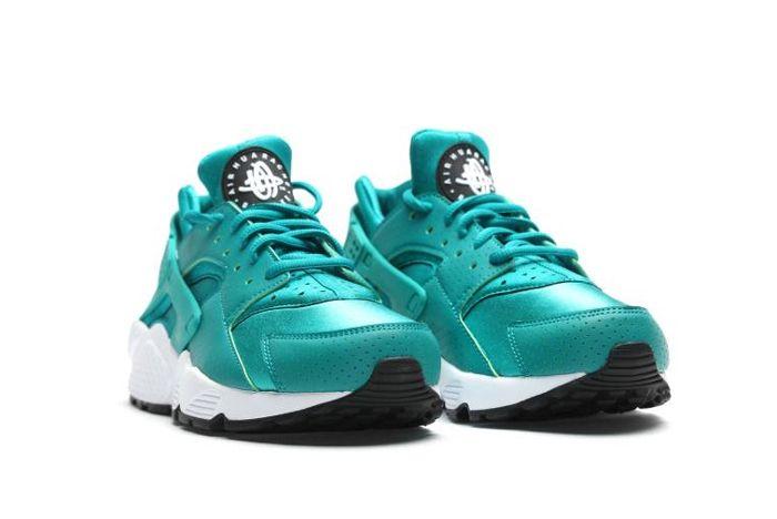 Nike Air Huarache Wmns Rio Teal3