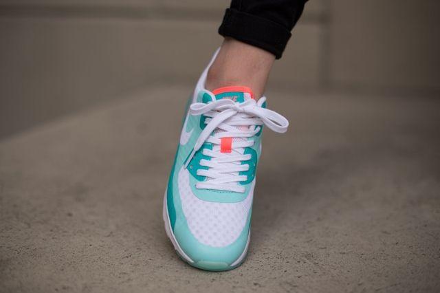 Nike Air Max 90 Ultra Br Artisan Teal Lava Glow 1