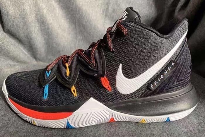 Nike Kyrie 5 Friends Lateral