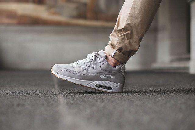 Nike Air Max 90 Winter Medium Grey Natural Grey 2