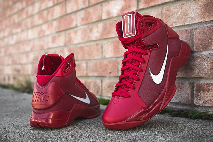 Nike Hyperdunk 08 Gym Red 3