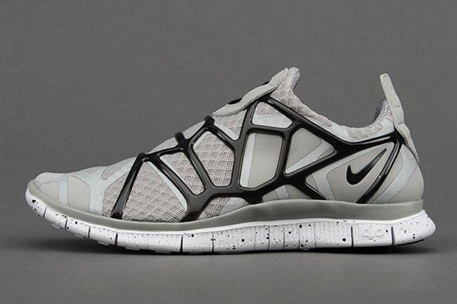 Nike Free Alt Closure Run Mdmgrey Blk Profile 1