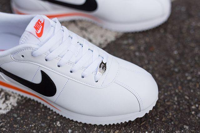 Nike Cortez Basic Leather White Wlack Orange Kopie 4