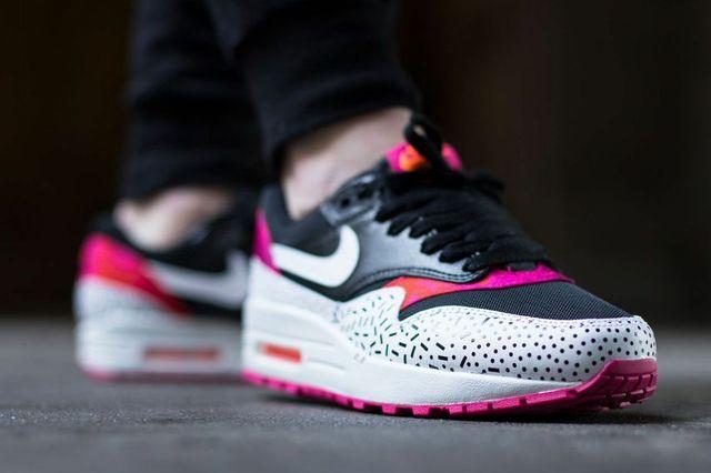 Nike Air Max 1 Fireberry 1