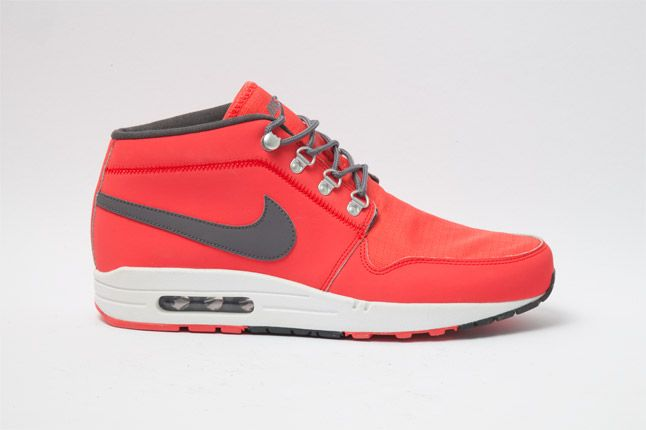Nike Wardour Max 1 Txt Sunburst Side 1