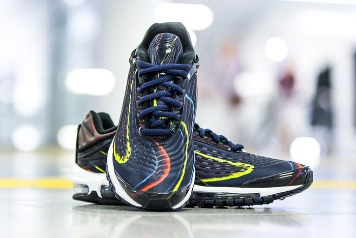 Nike Wmns Air Max Deluxe Black Navy 2