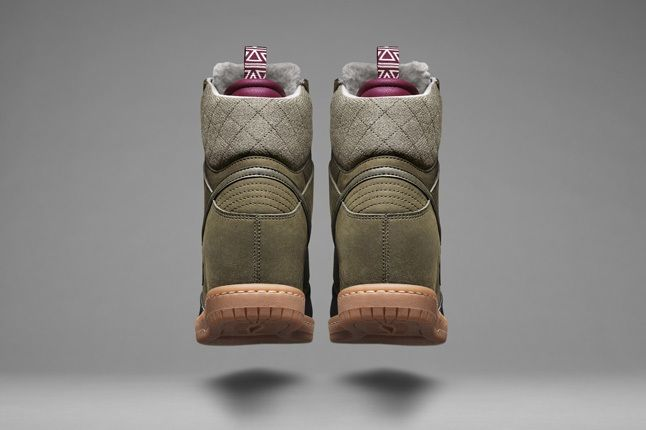 Nike Snearboots 2013 Wmns Sneakerboot 1