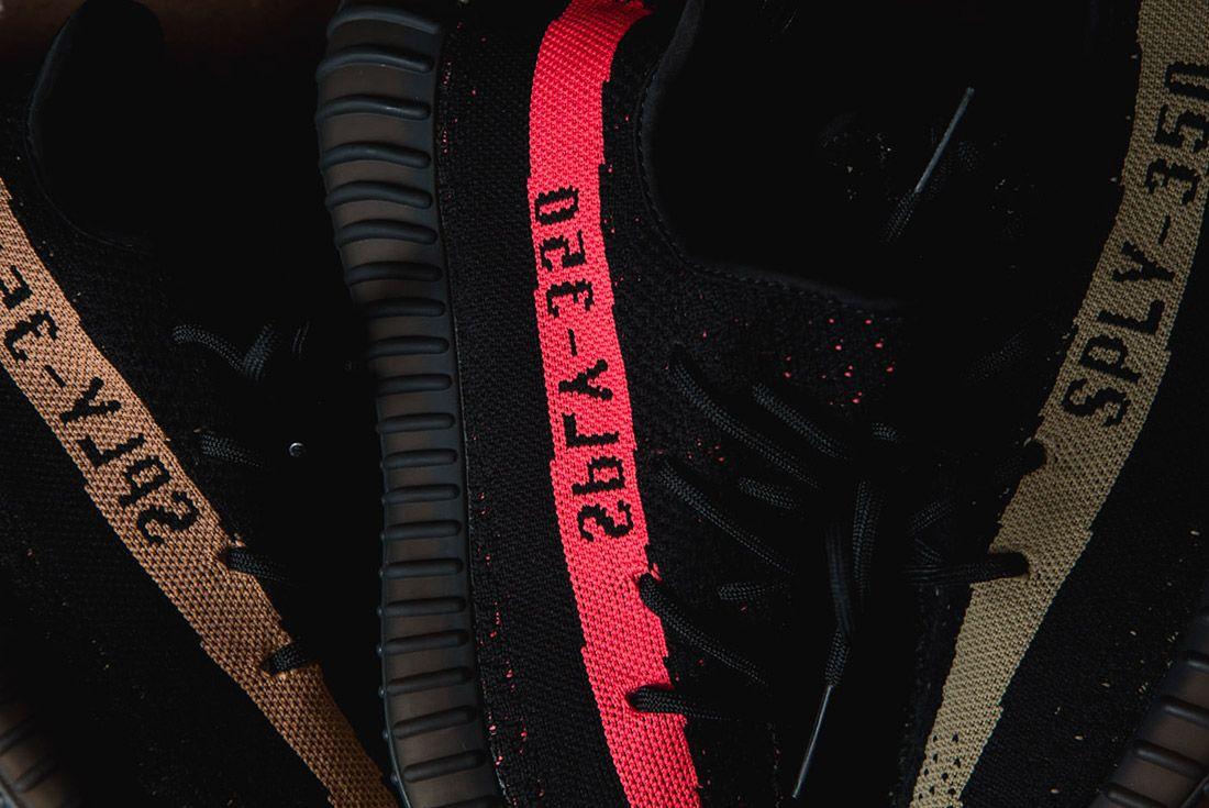 Adidas Originals Yeezy Boost 350 V2 Black Copper Solar Red Green 84