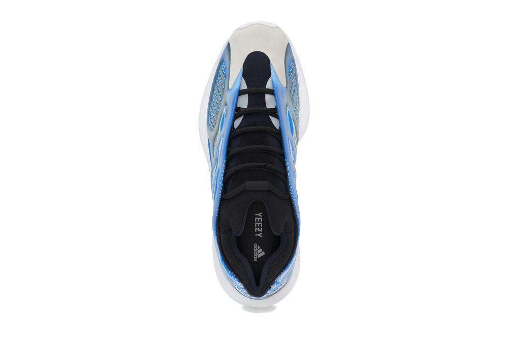 adidas Yeezy 700 V3 Arzareth Top