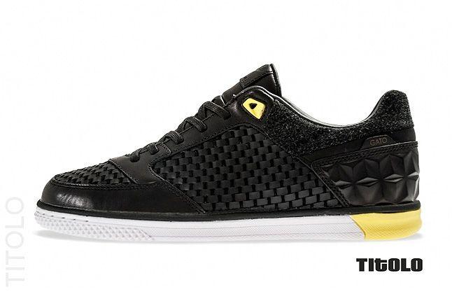 Nike5 Street Gato Qs Profile 1