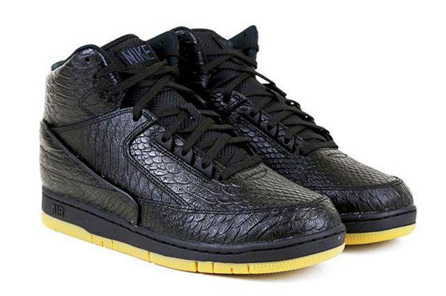 Nike Air Python Black Gum 01 620X436