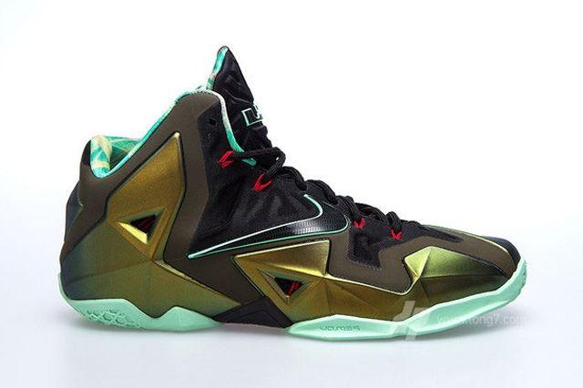 Nike Lebron Xi 11 Parachute Gold Update 5