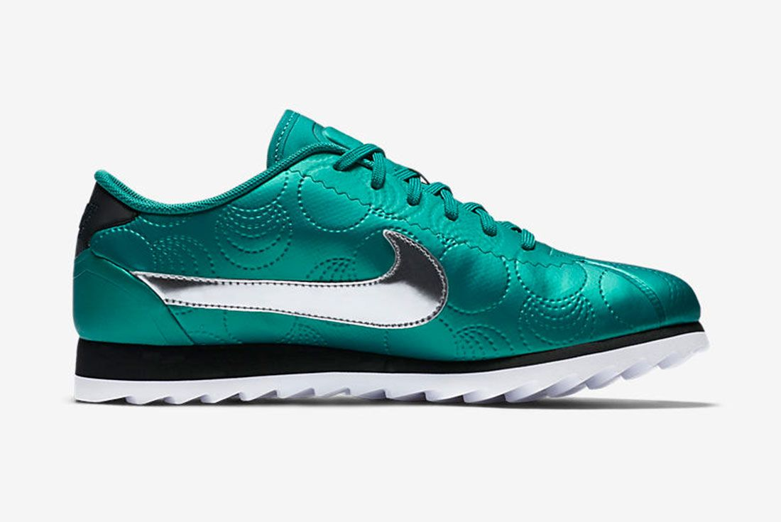 Nike Wmns City Pack 12
