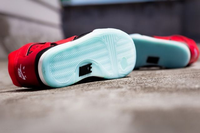 Nike Atc Hybrid Chilling Red Bump 5