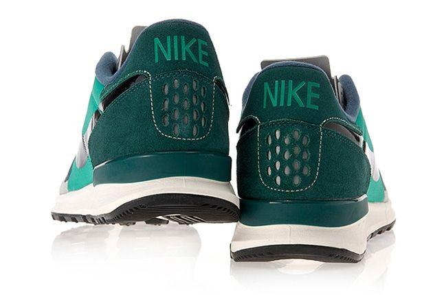 Nike Air Berwuda Atomic Teal Heel Profile 1