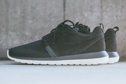 Nike Rosherun Nm Black Magnet Grey Thumb