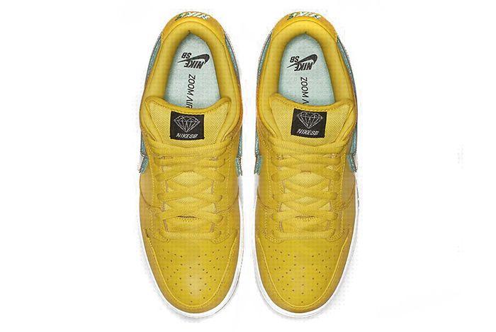 Diamond Supply Co Nike Sb Dunk Low Yellow 2