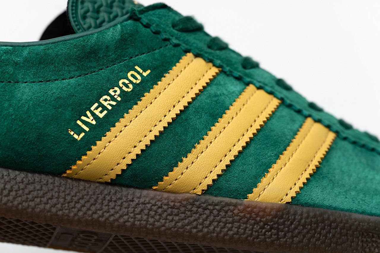 size? x adidas Liverpool City Series Lateral