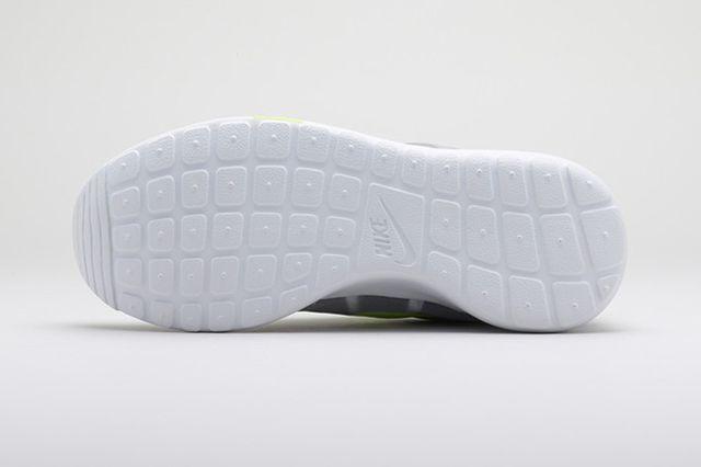 Nike Sportswear Polarizing Artist Colab Pack 4