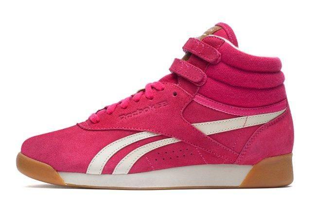 Reebok Freestylehi Suede Pink Profile 1