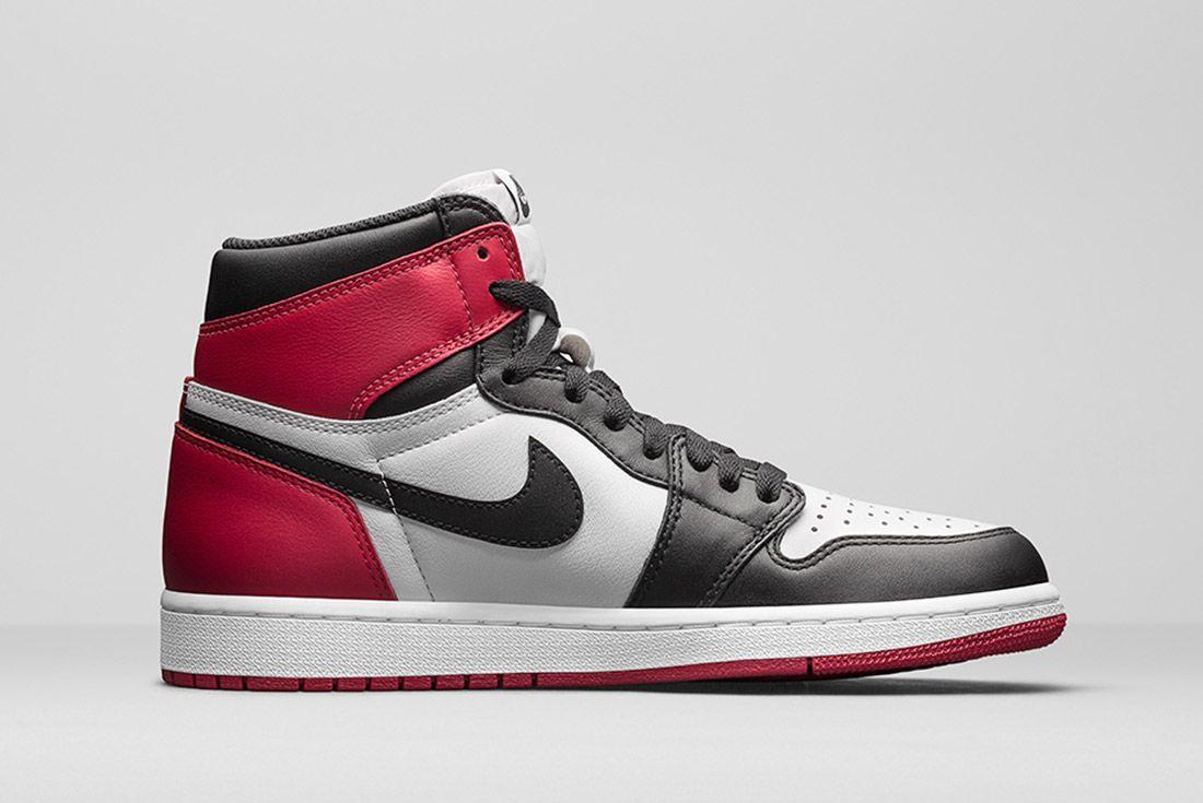 Air Jordan 1 Blck Toe 6