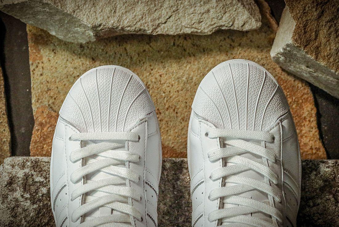 Adidas Superstar Home Of Classics Toe Rock Detail
