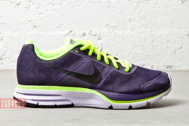 Nike Wmns Air Pegasus 30 Shield Purple Dynasty Volt 3