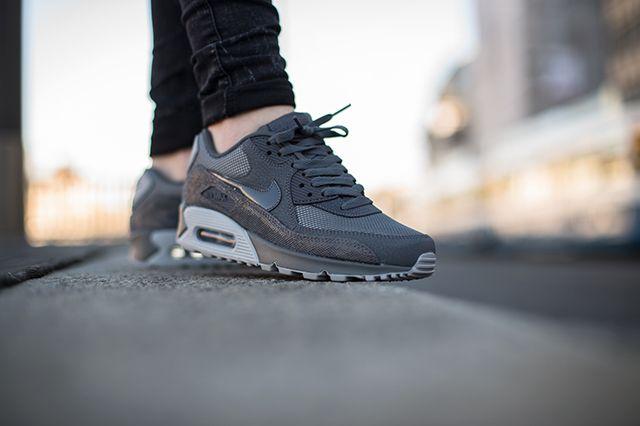 Nike Air Max 90 Wolf Grey Grey 3