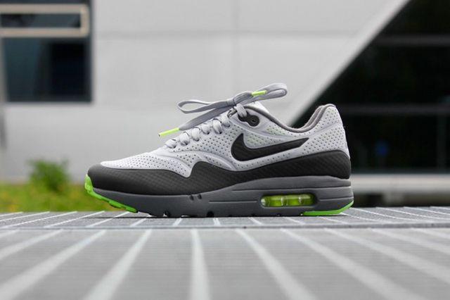 Nike Air Max 1 Ultra Moire Neon 2