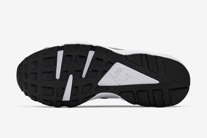 Nike Air Huarache Run Ext Zip Outsole