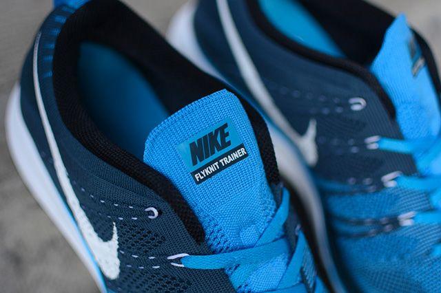 Nike Flyknit Trainer Blue Glow