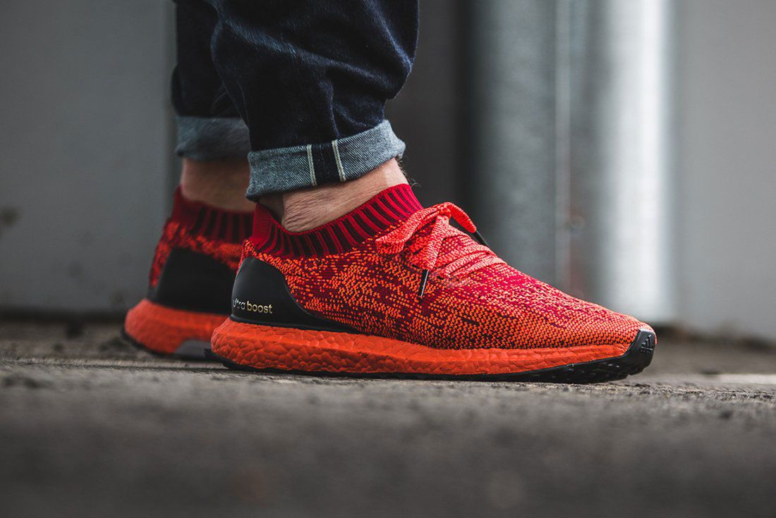Adidas Ultraboost Uncaged Triple Red4