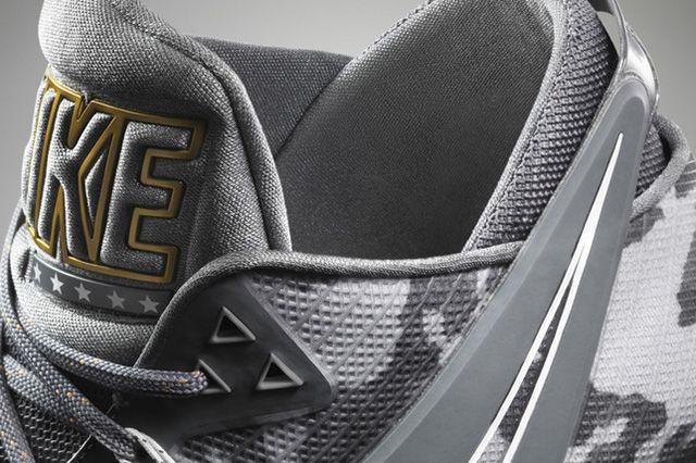 Nike Zoom Field General 9