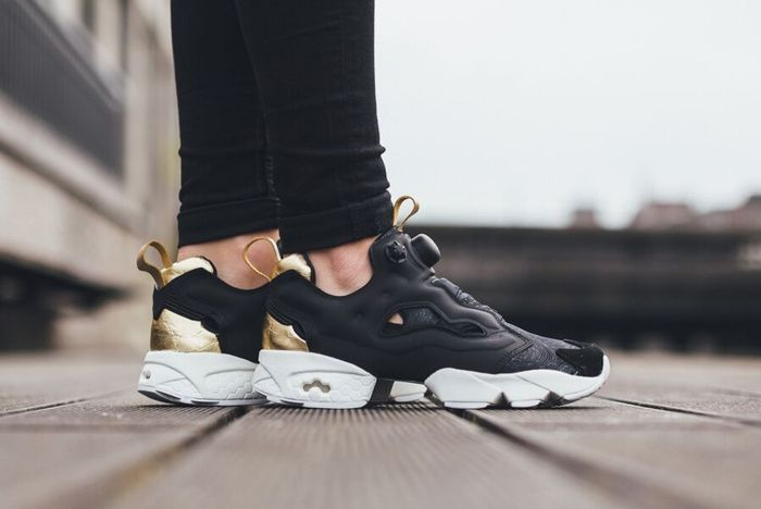 Reebok Insta Pump Fury Black Gold White 21