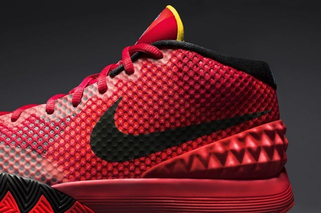 Nike Introduces The Kyrie Red Sneak 8