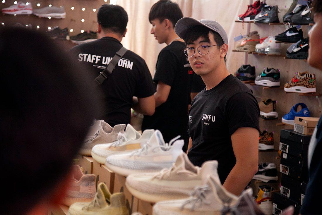 Street Superior Adidas Yeezy 4