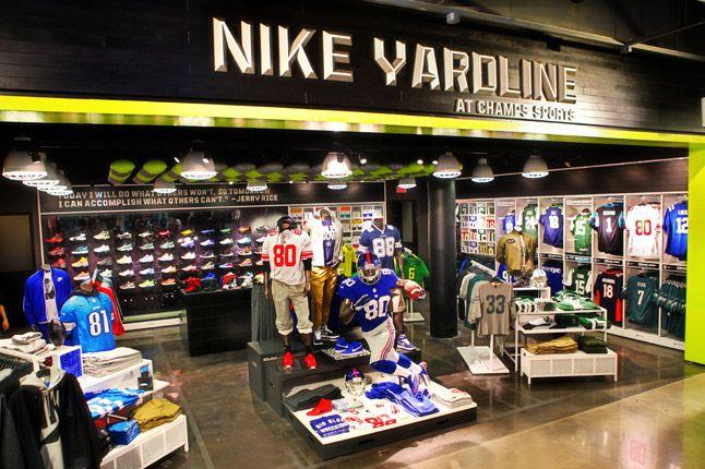 Nike Nfl Yardline At Champs Store 1