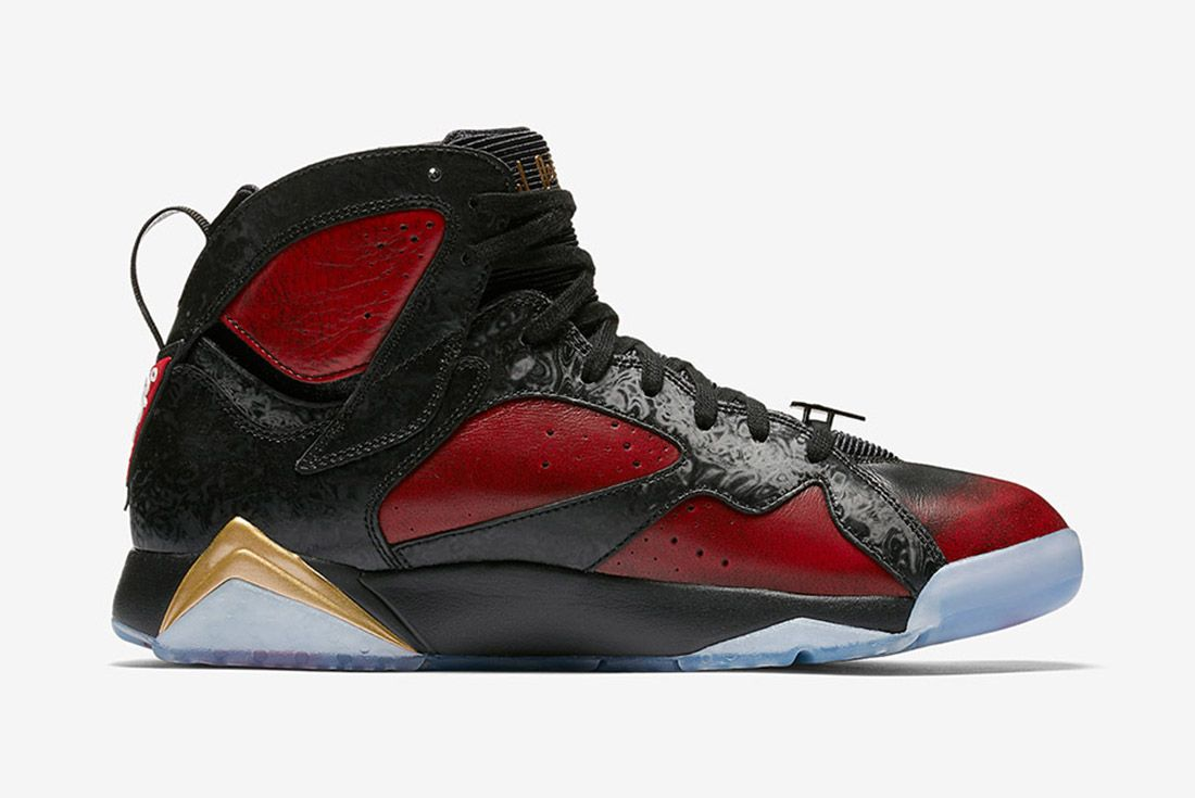 Air Jordan 7 Retro Doernbecher 4